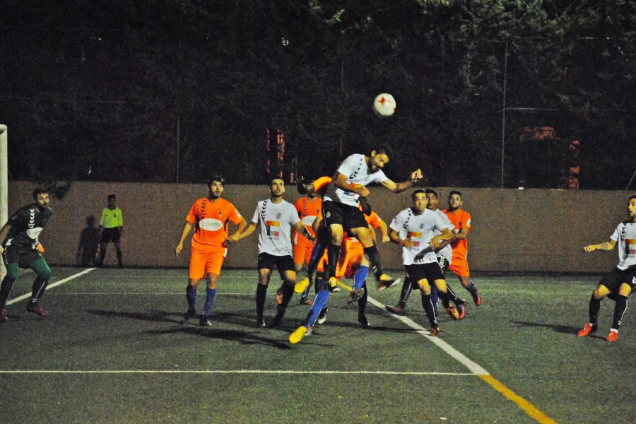 La tanda de penaltis le da la clasificación a la Balompédica.