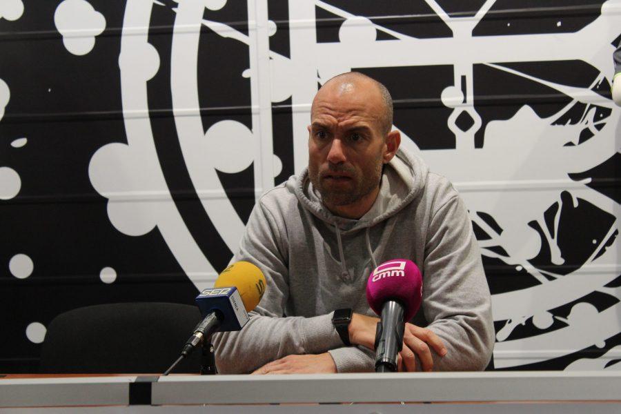 """Cesar Láinez: """"Mi reto es conseguir los tres puntos ante el Cornellá"""""""