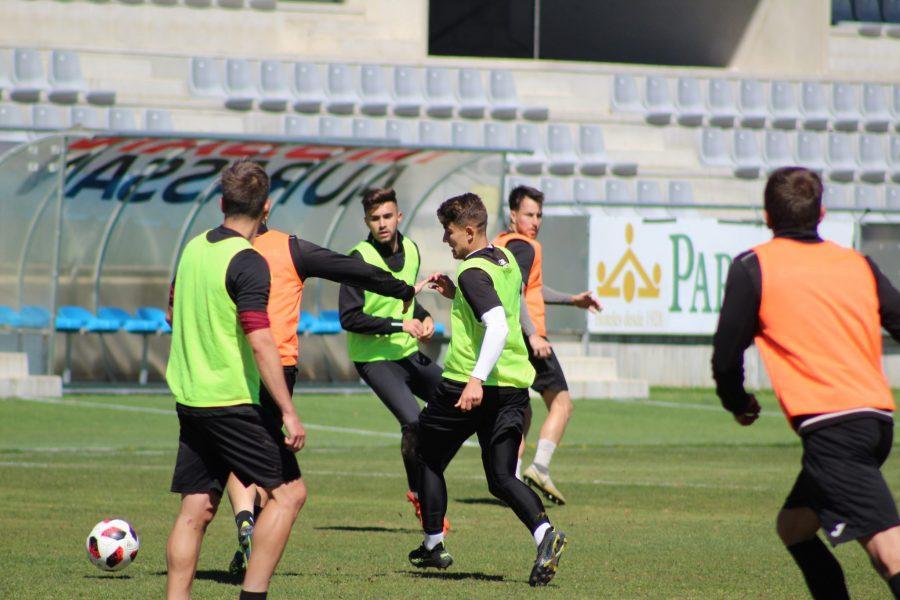 Previa | La Balompédica quiere salir del descenso ante el Valencia Mestalla